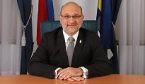 Minister Hakim
