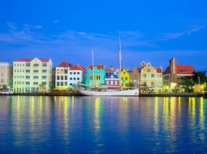 """Willemstad one of the """"Top 5 Cities in the Caribbean"""" at the Conde Nast Reader's Choice Awards"""