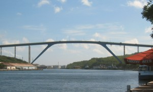 Willemstad_bridge