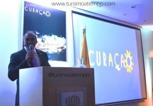 Stanley_Palm_Ministro_de_Economia_y_Turismo_de_Curazao