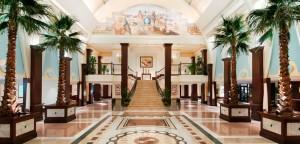 hp-Hilton-Nassau-Bahamas-Lobby-2