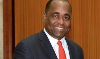 169-roosevelt-skerrit-premier-ministre-republique-dominicaine-650x320