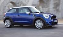 2013-Mini-Cooper-Pacemen-front-shot-driving-Paris-auto-show