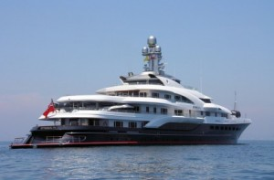 One Of The Biggest Yachts In The World Visits Curacao Curacao