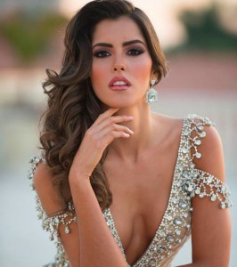 Miss-Universe-2015-Paulina-Vega-Miss-Colombia