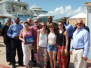 Oasis of the Seas family become two millionth cruise pax to visit in 2014 (1024x770)