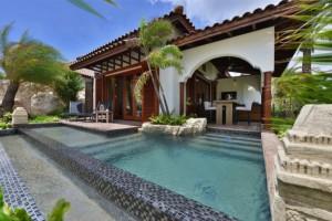 Beachfront Pool Suites 3