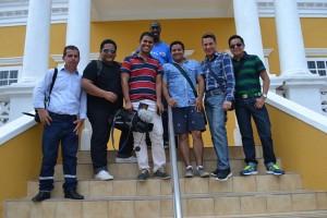 PressGroupEcuador(L)