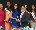 Resepshon di Bon Bini pa Miss Universe Curaçao 2015, srta. Kanisha Sluis-3L