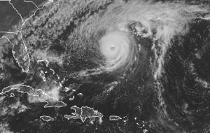 hurricane_nicole_visible