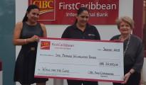Pic CIBC FirstCaribbean makes donation to Prinses Wilhelmina Fonds (1)