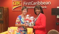 Pic CIBC FirstCaribbean recognize Mami Sa 08032018
